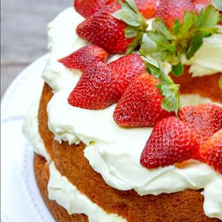 Strawberries and Cream Cake Recipe
