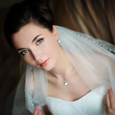 Wedding photographer Zinaida Iost (LiatriZ). Photo of 12.02.2014