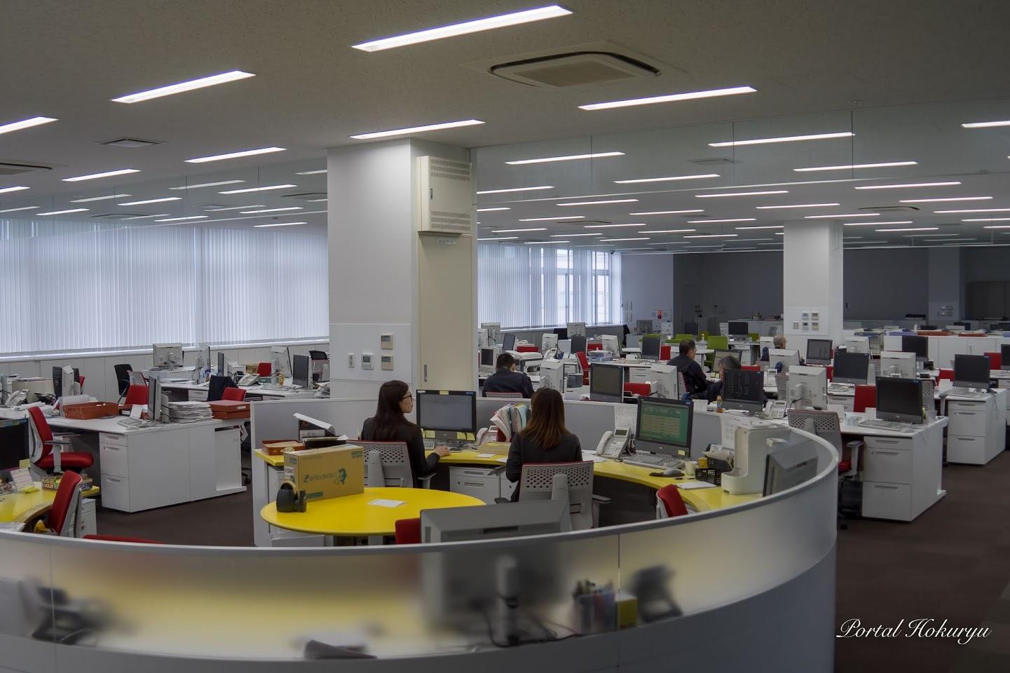 (株)キョクイチ新社屋の事務所