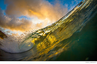 Photo: Photo of the Day: North Shore, Oahu. Photo: Lowe-White #Surfer #SurferPhotos