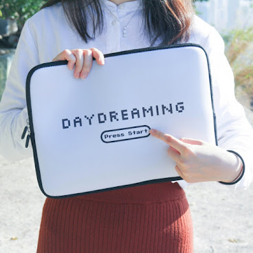 Daydreaming Computer Bag