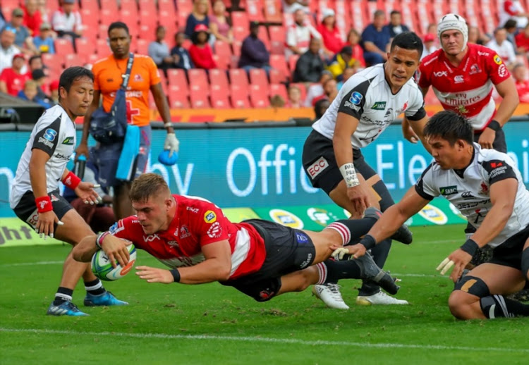 Malcolm Marx of the Emirates Lions scores during the Super Rugby match between Emirates Lions and Sunwolves at Emirates Airline Park on March 17, 2018 in Johannesburg, South Africa.
