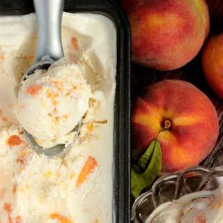Fresh Peach Ice Cream – no churn ice cream