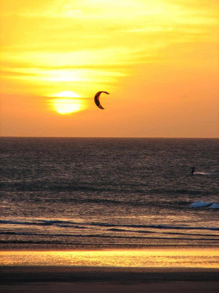 Kitesurfing sunset session