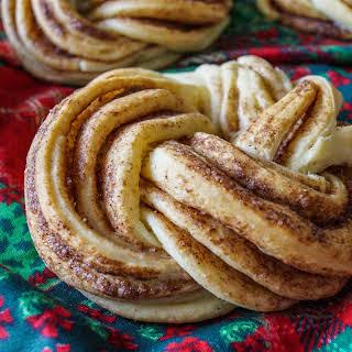 Cinnamon Wreaths.