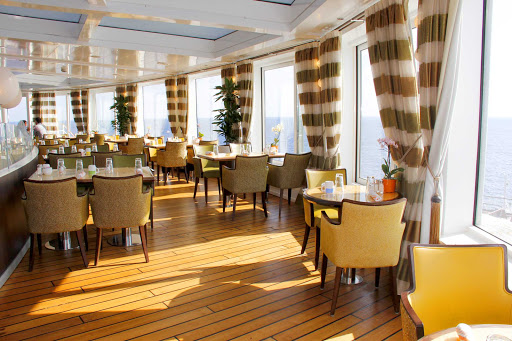 prinsendam-canaletto.jpg - Choose from a variety of small plates, pastas and Italian entrees on Canaletto aboard ms Prinsendam.
