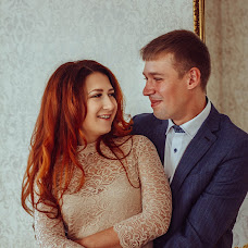 Wedding photographer Dasha Pakhmutova (AliceZ). Photo of 04.03.2017