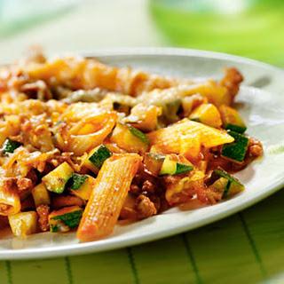 Macaronischotel Uit De Oven Met Gehakt En Courgette