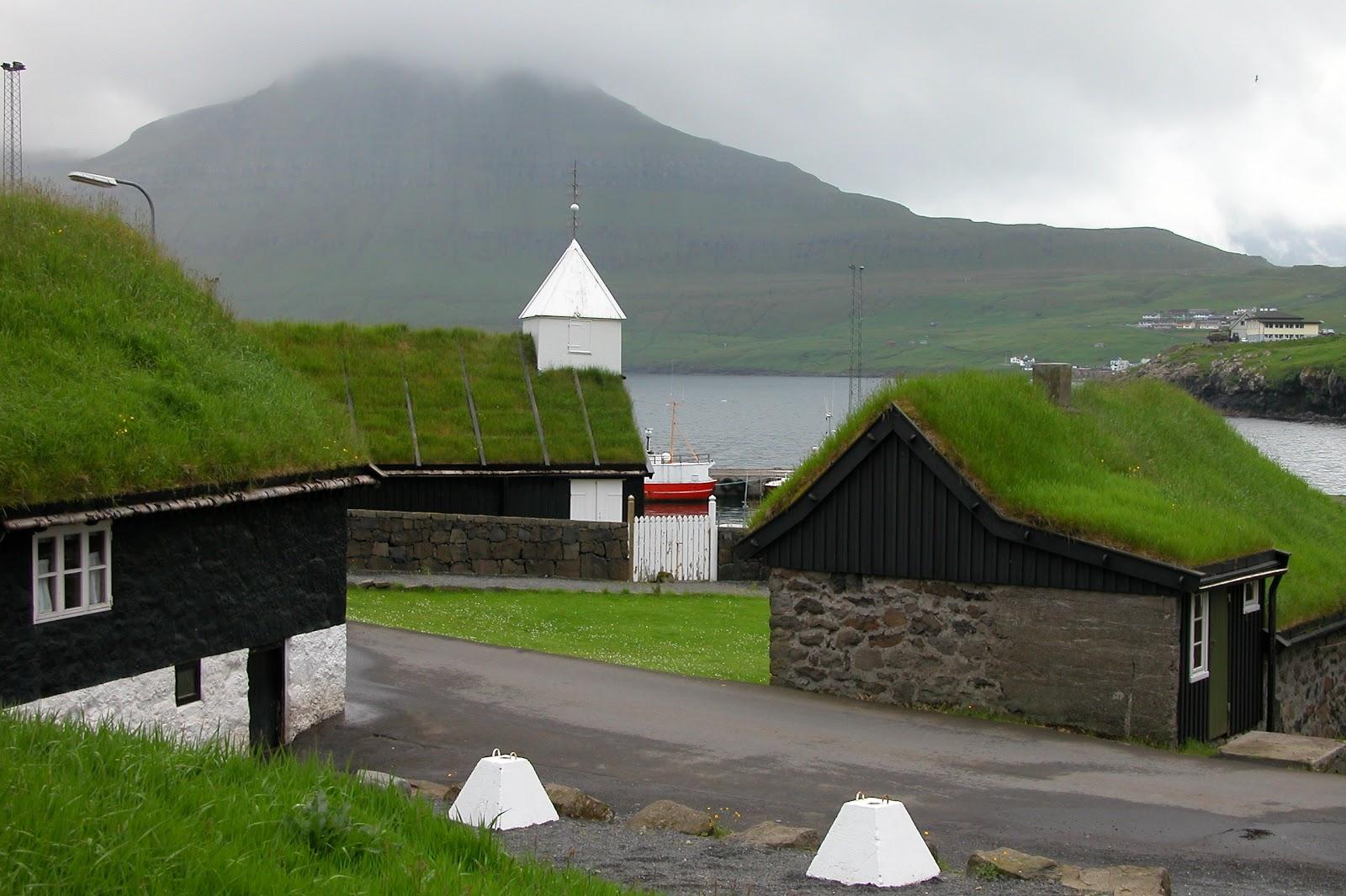 Norðragøta,_Faroe_Islands_(2).JPG