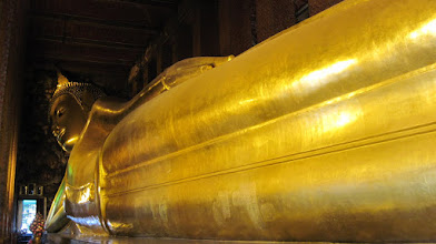 Photo: Really Big Buddha at Wat Pho, Bangkok