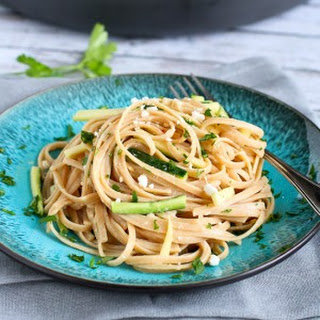 Hummus Linguini with Zucchini