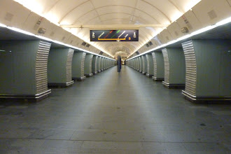 Photo: A jako loni, i letos jedna stanice metra zcela bez lidí, tentokrát Karlovo náměstí