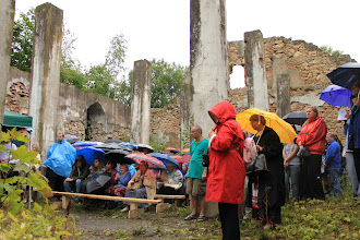 Photo: Many faithful worshippers gathered to join in the celebratory divine service, despite the rain.