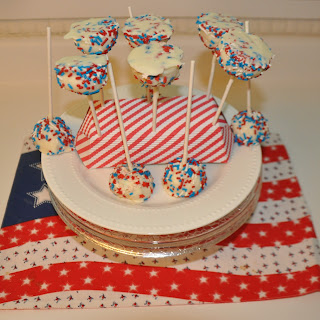 Patriotic No-Bake Gluten –free Cheesecake Cookie Pops