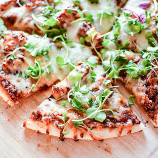 Pork Belly Pizza with Barbecue Sauce
