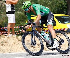 🎥 Sagan amuseert zich kostelijk op zijn mountainbike, Oss is de cameraman van dienst