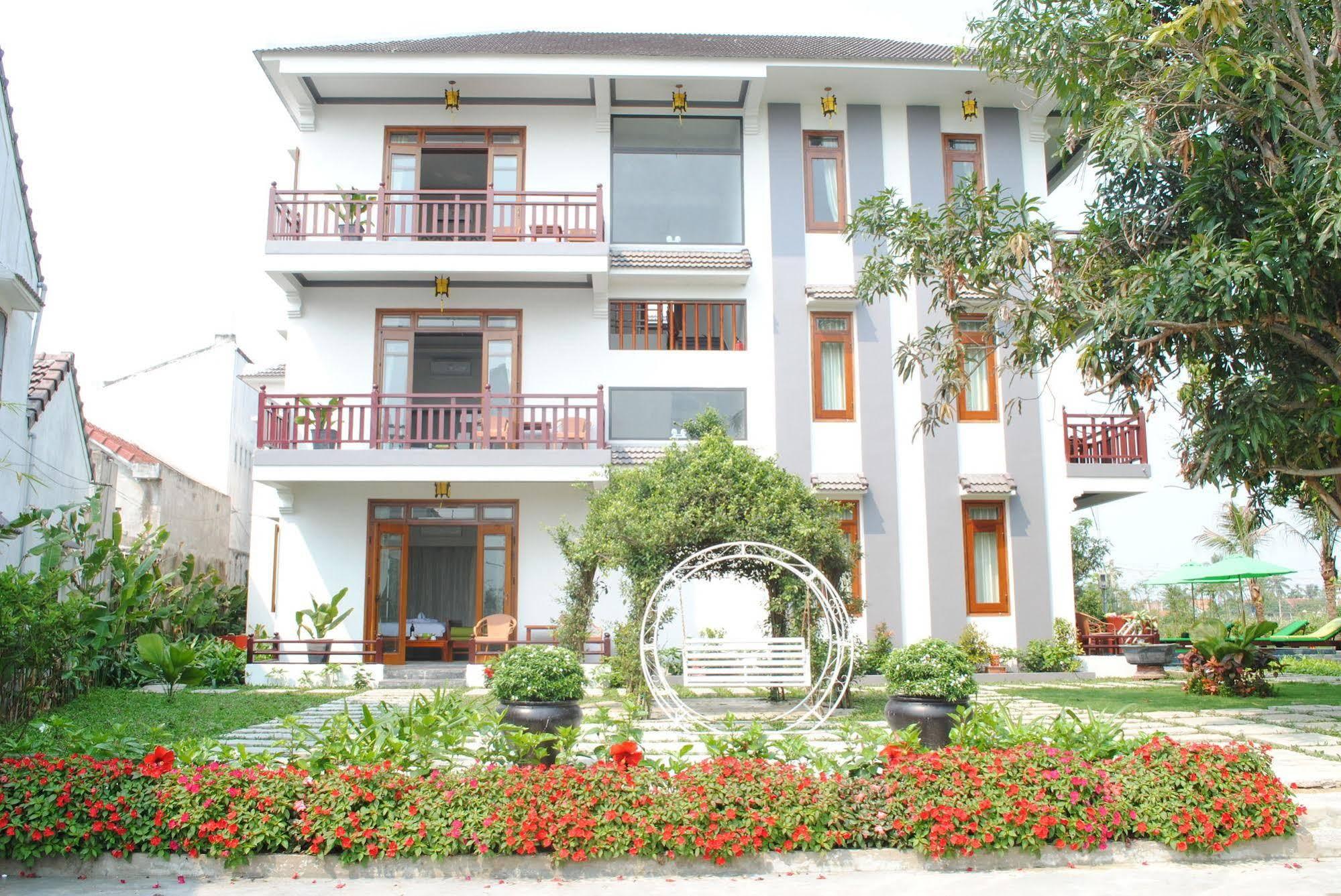 Hoi An Osaka Riverside Villa and Spa