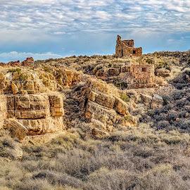 Canyon Walls by Mike HIcks - Landscapes Deserts ( desert, hdr, ruins, landscape, rocks )