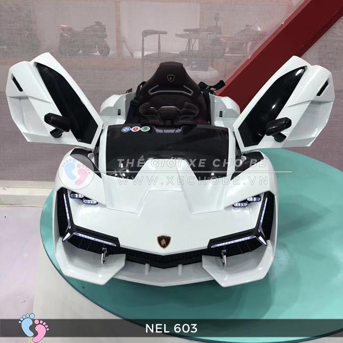 Xe hơi điện cho bé hạng sang NEL-603 2