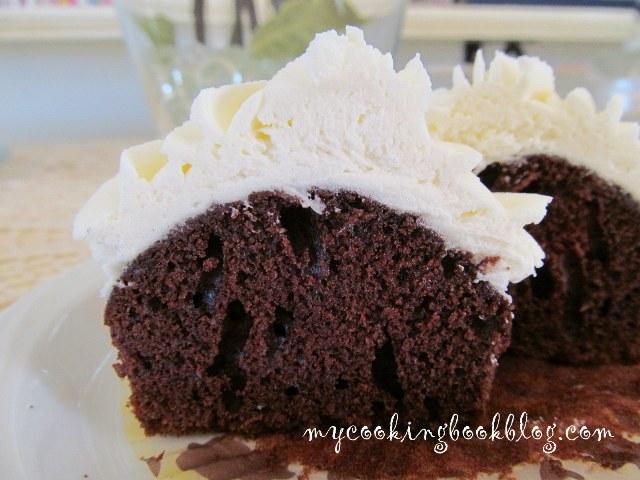 Кексчета Дяволска храна (Devil`s Food Cupcakes)