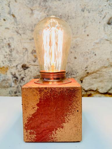 lampe patiné rouge lie de vin et cuivre