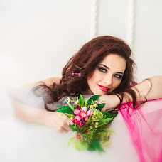 Wedding photographer Marina Desyatnichenko (RecMen). Photo of 01.02.2018