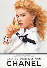 Photo: me shumicë Parfum http://www.perfume.com.tw/bags/