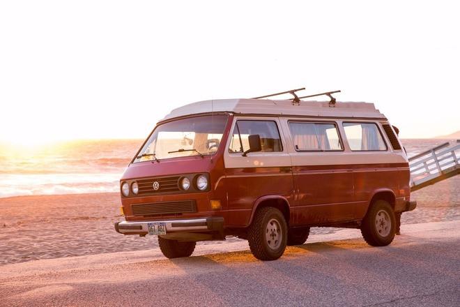 VW Van / Bus - 80's Style Cali Dream Hire Los Angeles
