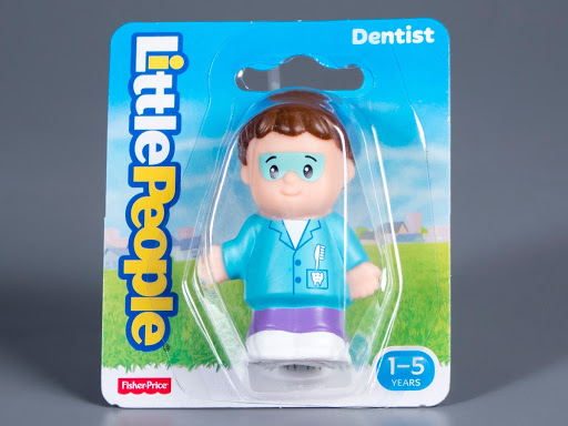 Figure:Fisher-Price Little People Dentist