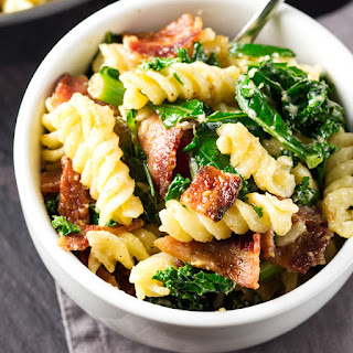 Cheesy Pasta with Bacon and Kale
