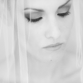 mariage st jean cap ferrat by Ludovic Authier - Wedding Bride ( photographe mariage, mariée cote d'azur, mariage cap ferrat )