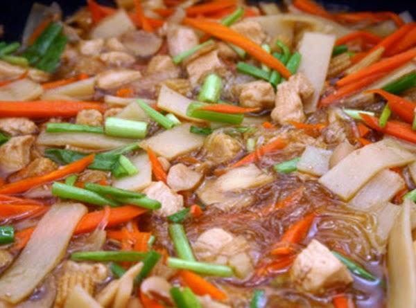 Raymond's Chicken Hekka Recipe