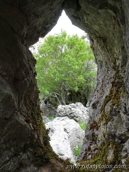 Benaocaz-Tunel del Horgazal