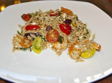 Orzo with Shrimp, Spinach, Tomatoes, Olives and Feta